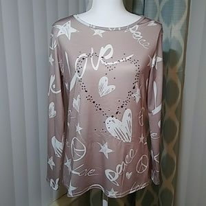 Tops - Love and Peace Top